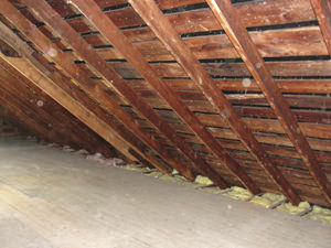 A Nebraska & Iowa attic before installation of SuperAttic